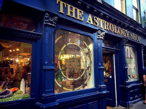 アストロロジーショップ The Astrology Shop