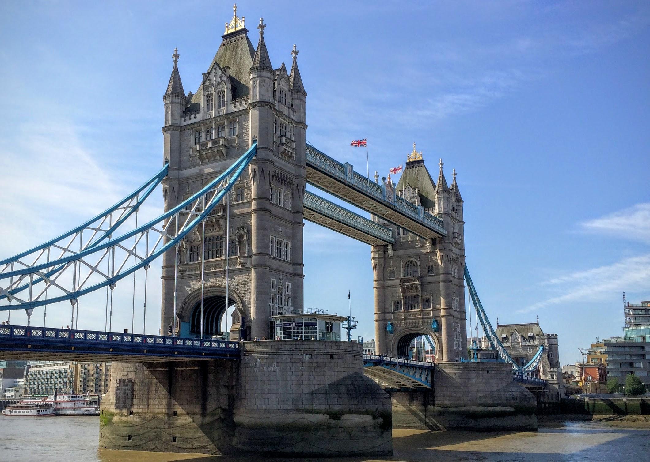 タワー・ブリッジ Tower Bridge