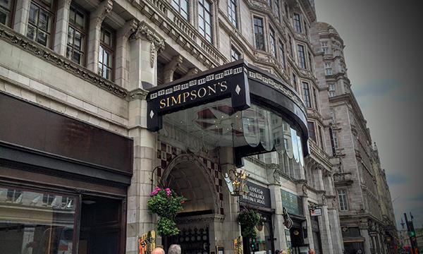 シンプソンズ・イン・ザ・ストランド Simpson's-in-the-Strand