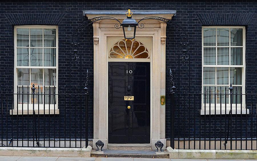 ダウニング街10番地(ダウニング 10) 10 Downing Street