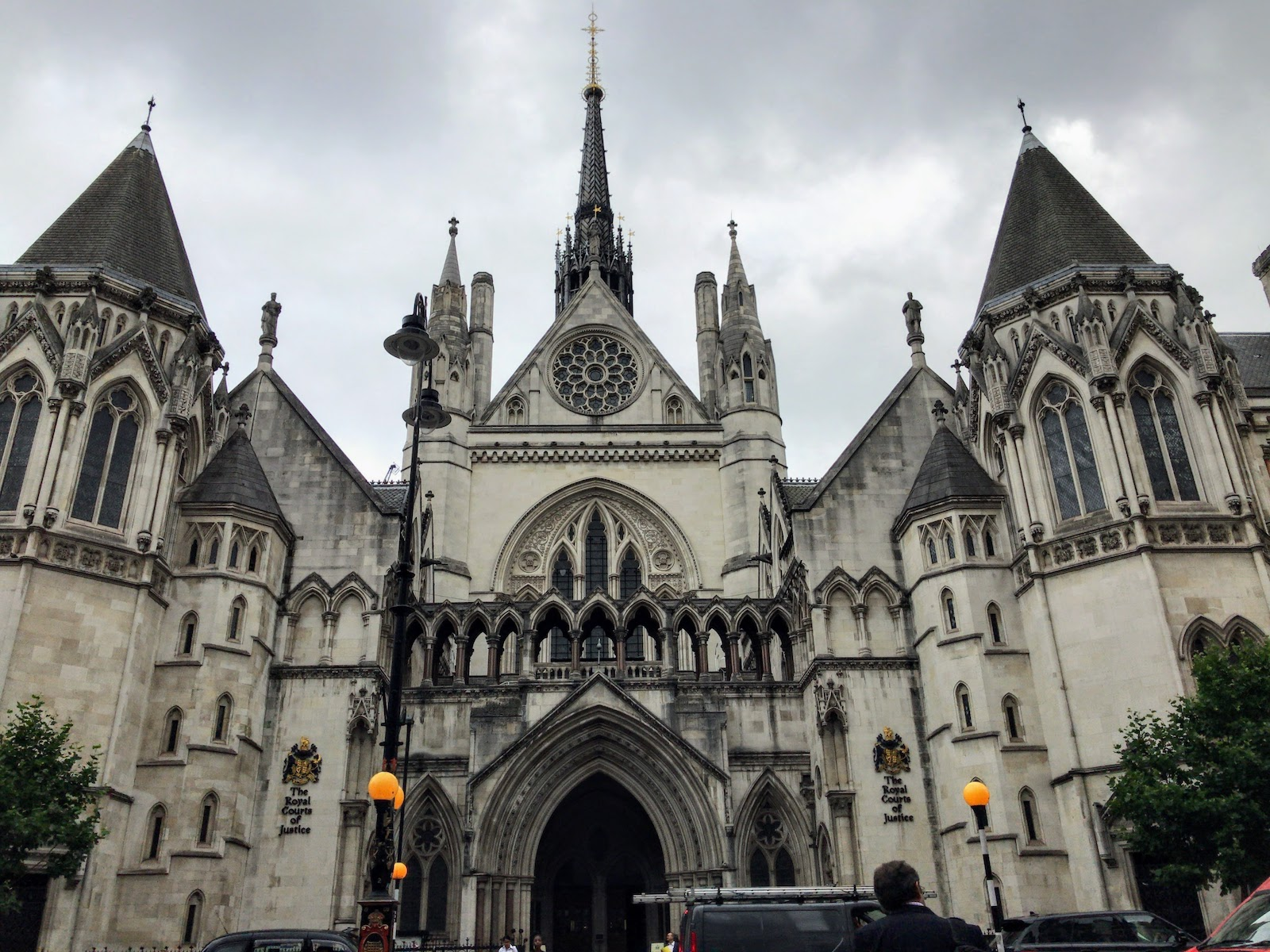 王立裁判所 Royal Courts of Justice