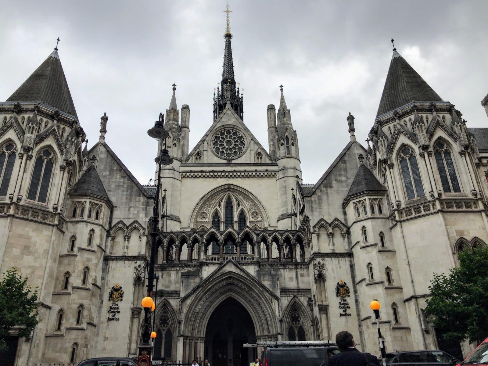 王立裁判所 Royal Courts of Justice