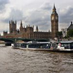 Bateaux London テムズ川3コースランチクルーズ