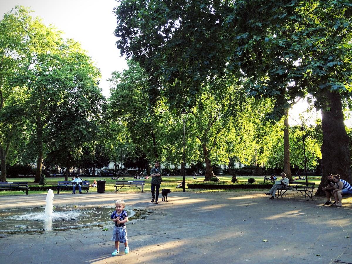 ラッセル・スクエア Russell Square