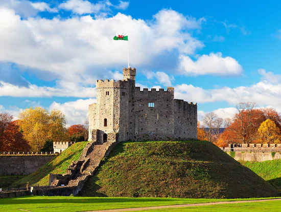 ロンドン発 列車で行く、ウェールズの首都カーディフ日帰りツアー