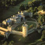 ロンドン発 オックスフォード/ウォリック城/ストラトフォードを巡る日帰りバスツアー